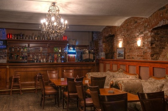 Ресторан Rosie O - фотография 8 - Барная стойка концертного зала