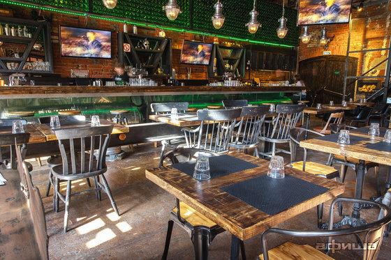 Ресторан Blacksmith Irish Pub - фотография 15
