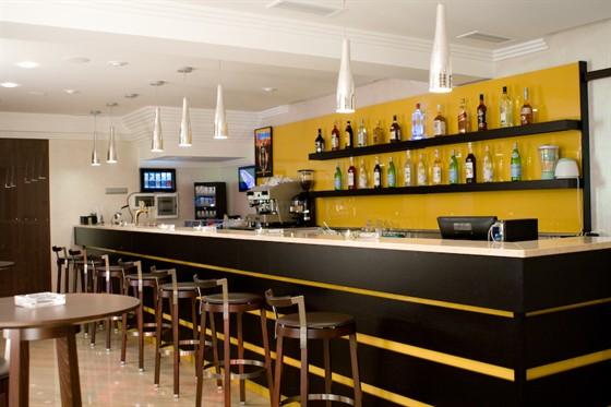 Ресторан Золото FM - фотография 4 - бар