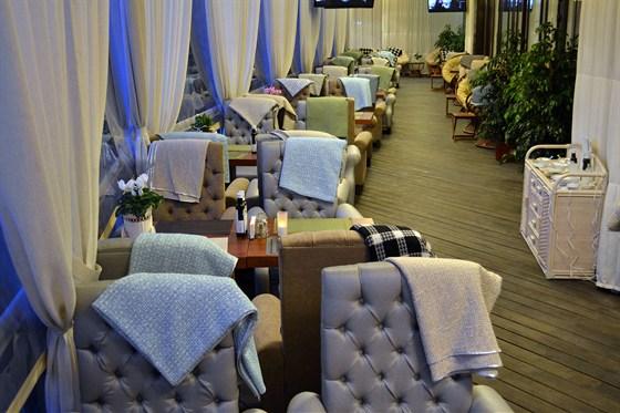 Ресторан Quattro camini - фотография 8 - Летняя веранда