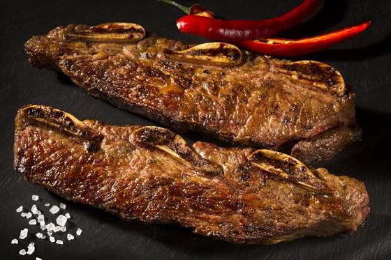 Ресторан Эль гаучо - фотография 6 - АСАДО Поперечный срез говяжьих ребер.