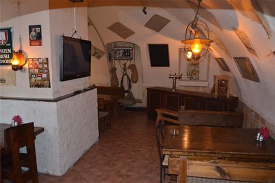 Ресторан Табурет - фотография 16 - Пивной Зал