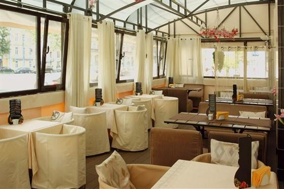 Ресторан Баловень - фотография 9 - Веранда Баловень С