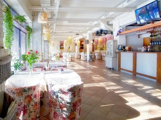 Ресторан Веранда - фотография 15