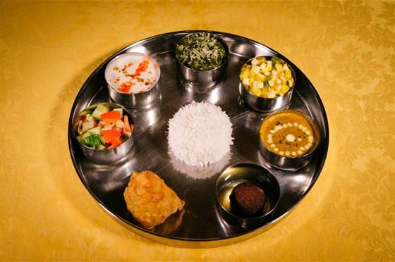 Ресторан Тандур - фотография 4 - Традиционный индийский обед - Тали Саншайн