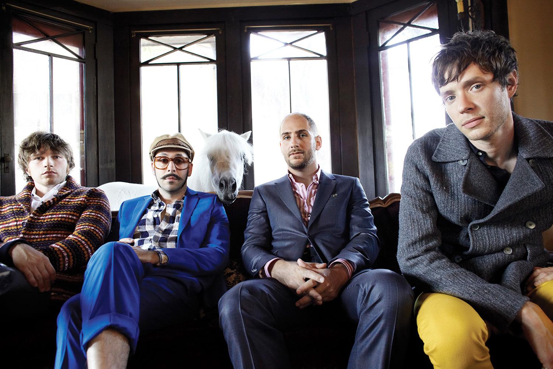 Геометрические фокусы в клипе OK Go