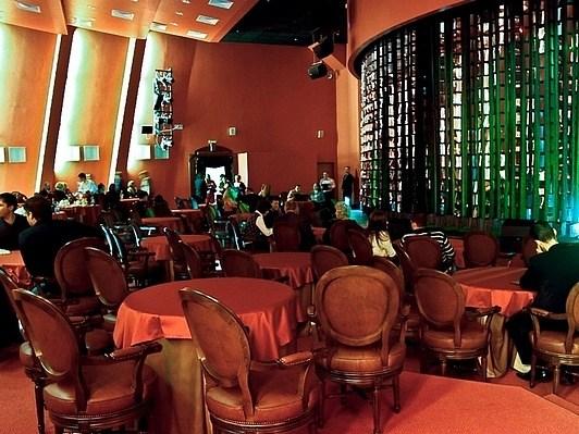 Санкт петербург афиша театр буфф афиша в кино в новосибирске сибирский молл новосибирск