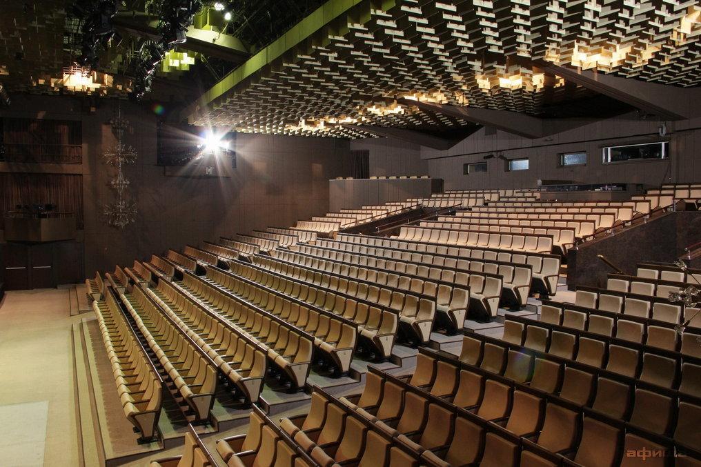 Фото театр Сатирикон
