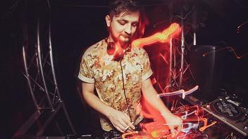 DJ Babak