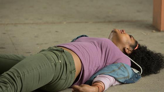 Линзи Грей (Linzie Gray)