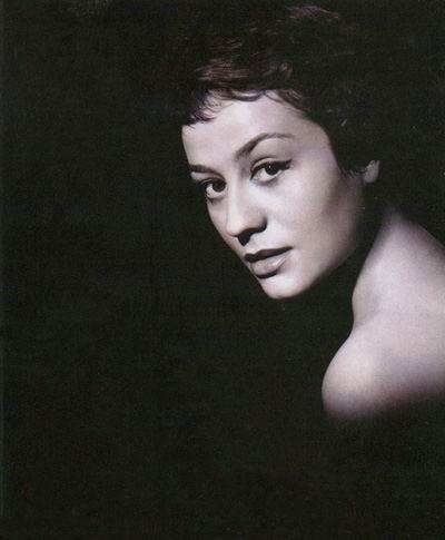 Анни Жирардо (Annie Girardot)