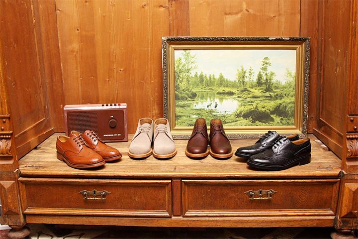 British Shoes начинали как дистрибьюторы, а потом превратились в онлайн- и офлайн-магазин, а к обуви добавилась британская одежда