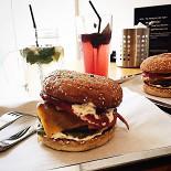 Ресторан Burger Heroes - фотография 1