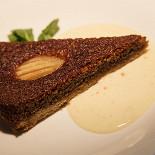 Ресторан Le bouchon café - фотография 2 - Теплый грушевый пирог с ванильным кремом