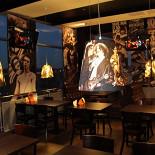 Ресторан Rock Pub - фотография 2 - Комфортный интерьер, зона для некурящих.