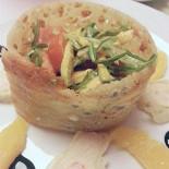 Ресторан Da Pino - фотография 1 - вот такой салат с плесенью!подали нам в этом заведении!