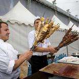 Ресторан Новиков-кейтеринг - фотография 6 - На банкете по случаю автопробега в честь 20-летия стройкомплекса Москвы