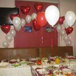 Ресторан Охта - фотография 1 - Накрытие на день рождение и оформление шарами