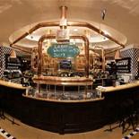 Ресторан Максимилианс - фотография 1 - Большой бар