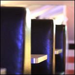 Ресторан Frendy's - фотография 5 - Booth seating