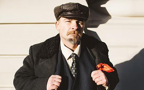 Ленин и другие люди на Красной площади — о главных событиях года