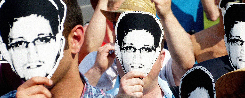 «No Place to Hide» Гленна Гринвальда: что не так с бестселлером про Сноудена