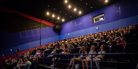 12 сентября в Петербурге возобновят работу театры и кинотеатры