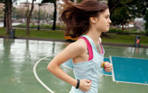 Школьник, шоумен, ветеран спецназа и другие бегуны о марафоне