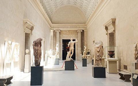 Музеи без посетителей: лучшие фотографии из инстаграмов