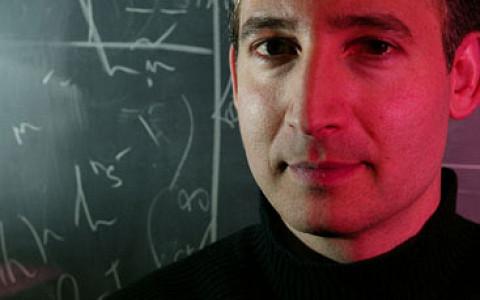 Брайан Грин о теории струн, будущем науки и звездных ученых