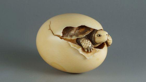 Нэцкэ. Миниатюрная скульптура Японии из частных коллекций