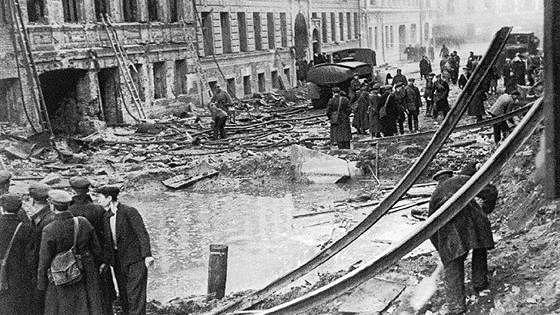 Внутреннее пространство войны. Блокада Ленинграда в фотографиях