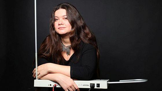 Олеся Ростовская (терменвокс, орган)