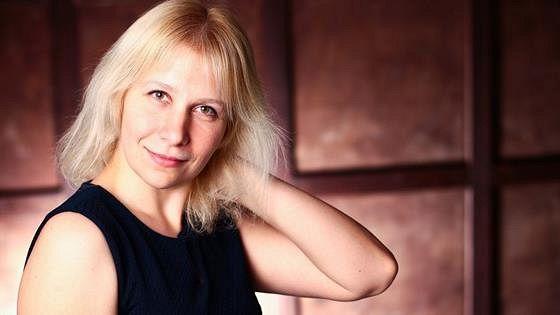 Елена Гулеева