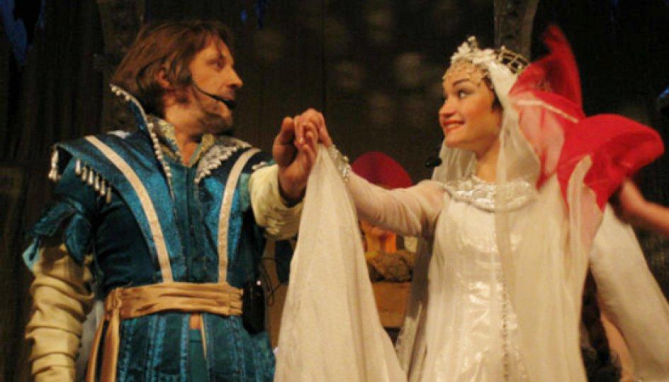 Театр: Сказка о мертвой царевне и семи богатырях