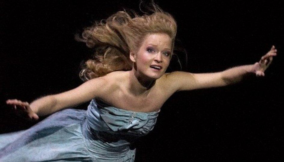 Театр: Алиса в Стране чудес