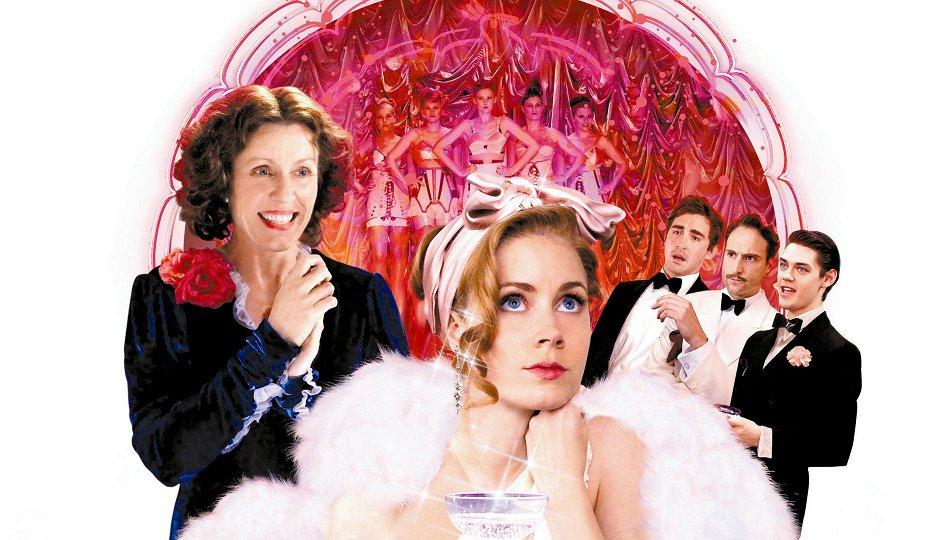 Кино: «Мисс Петтигрю живет сегодняшним днем»