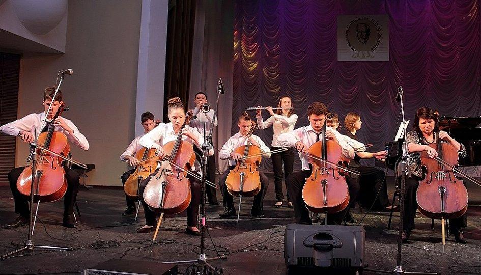 Концерты: Учащиеся ДМШ им. Чайковского