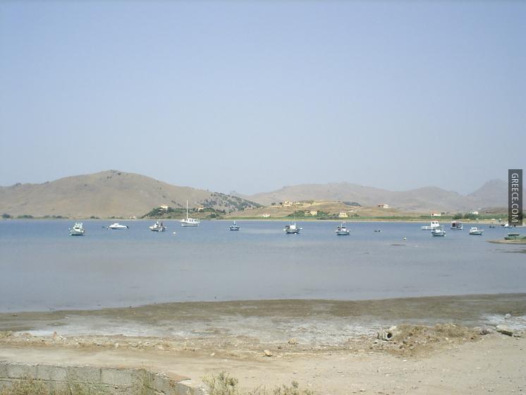 Участок в Лемнос на берегу моря