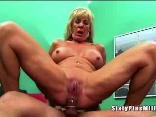 Bbw lesbian hitachi orgasm