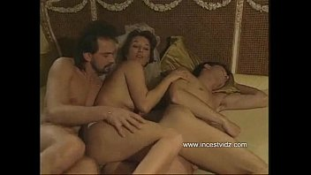 Mmf bisexual porn clips