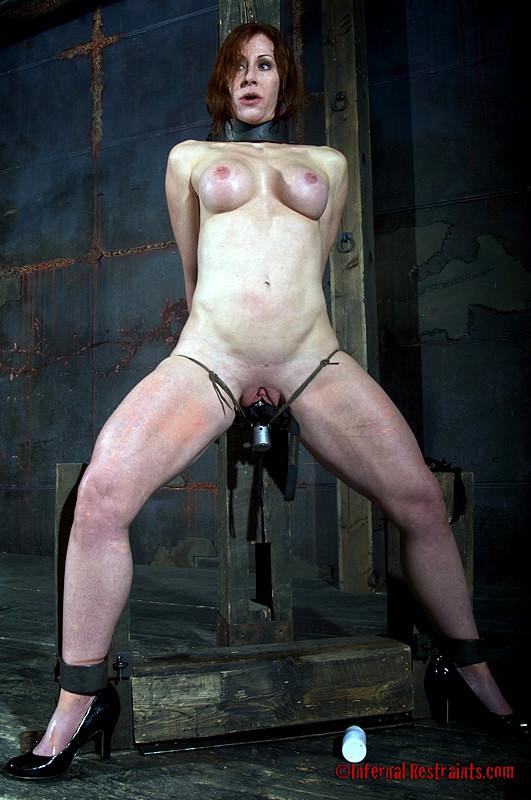 Lesbian squirting scissoring ebony