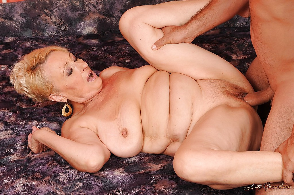 Blonde mature lady jacqueline