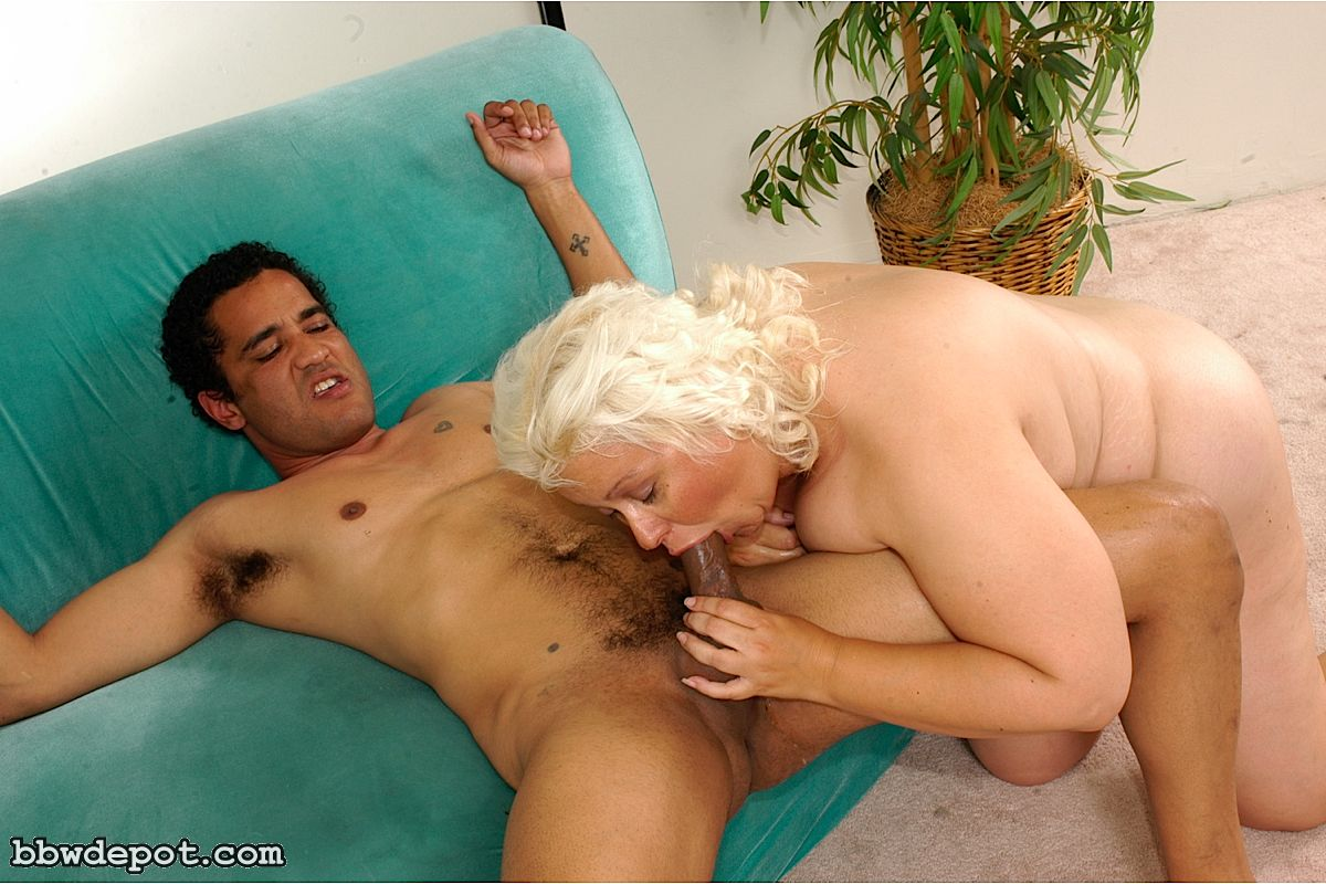 Mature wives pic gallery