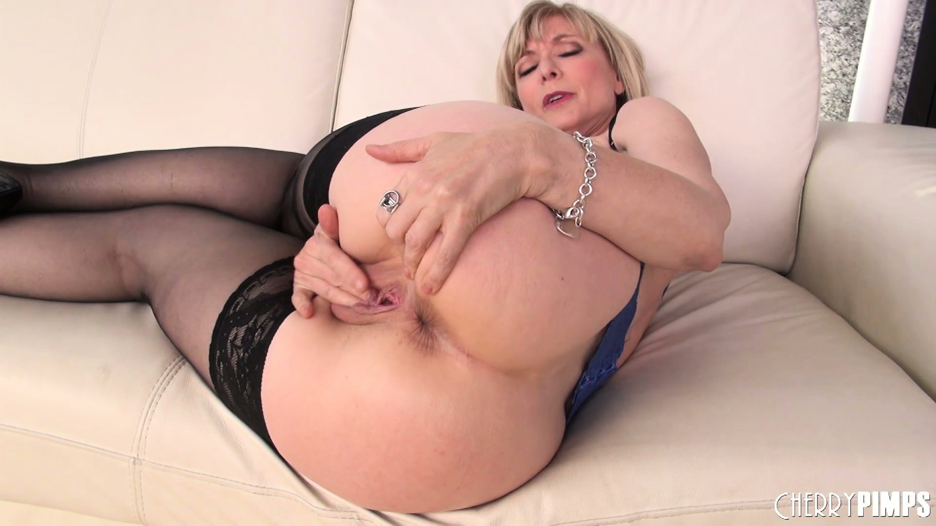 Hd mature porn fat old granny blowjob