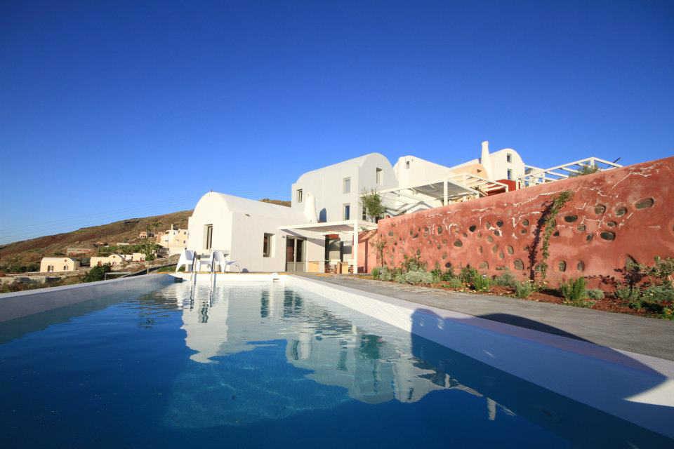 Элитную недвижимость в остров Санторини