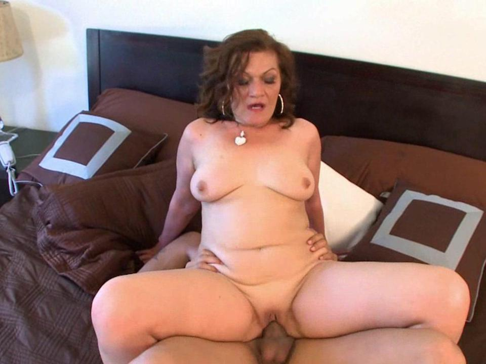 Free older women porn videos
