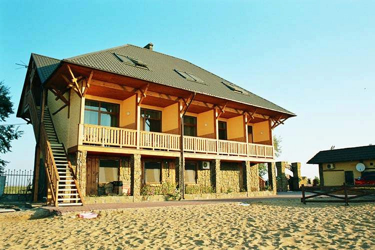 Отель в Парнас на побережье