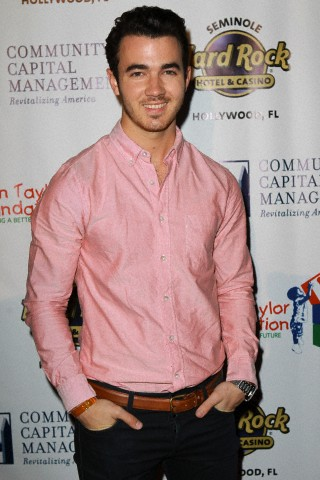 Who is kevin jonas dating right now - SHOP THEADV