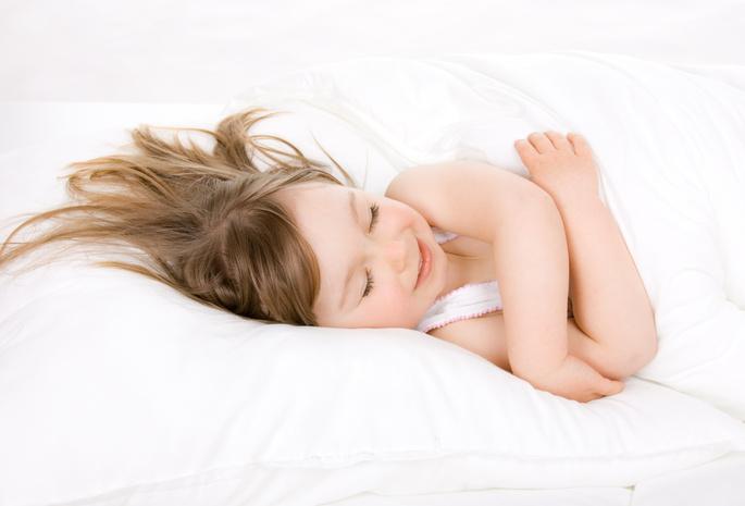 У ребенка болит голова что делать? Симптомы